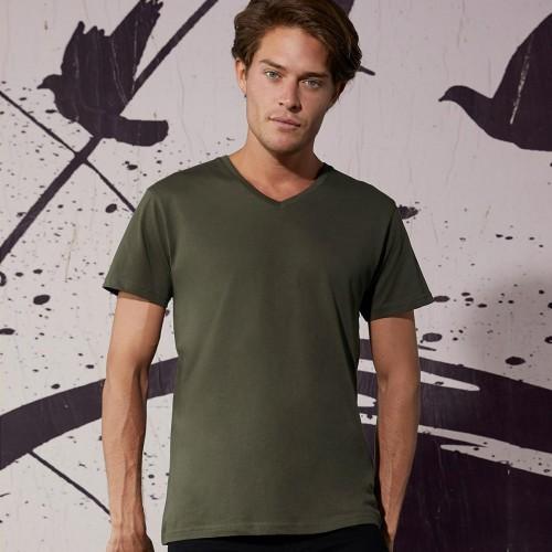 T-shirt collo a V B&C